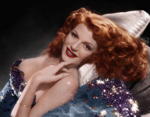 In den 50er Jahren avancierte Rita Hayworth neben Betty Grable zu dem bekanntesten Pin Up Girl-(C) flickr.com