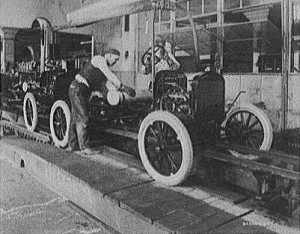 Ford_fertigung_1923