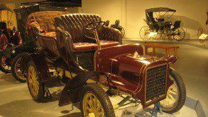 800px-1904_Cadillac