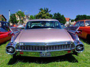 800px-Cadillac_Fleetwood_1959_6