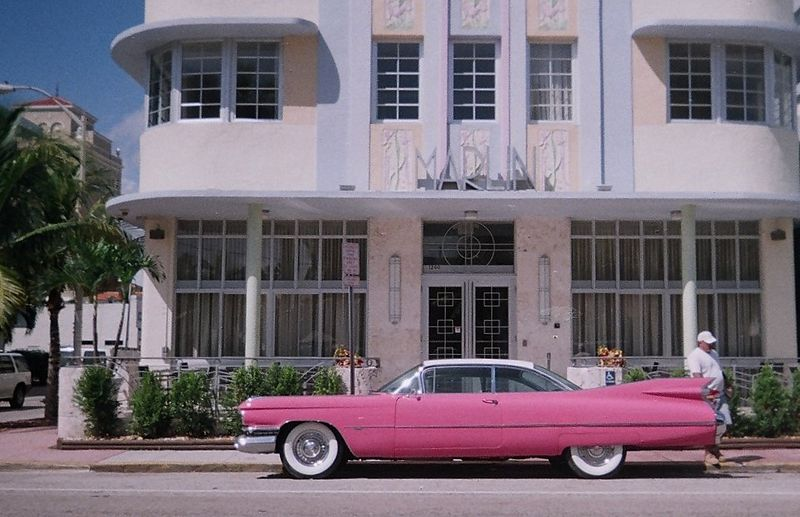 800px-Pink_Cadillac
