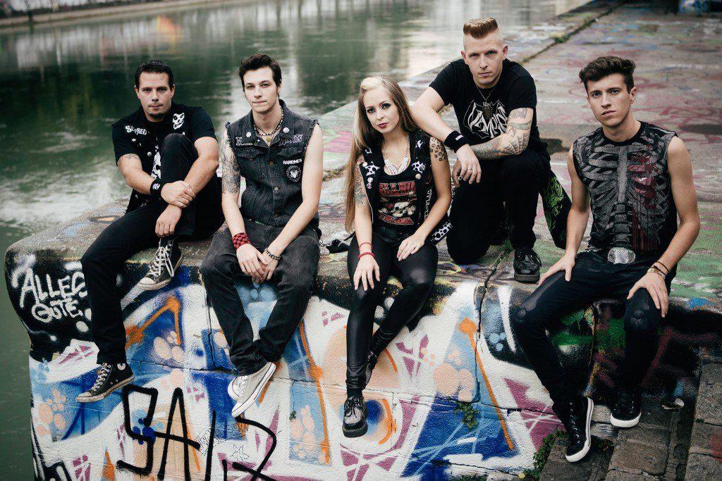 rockabilly-rules-magazin_verflixte13_kitty-in-a-casket_band