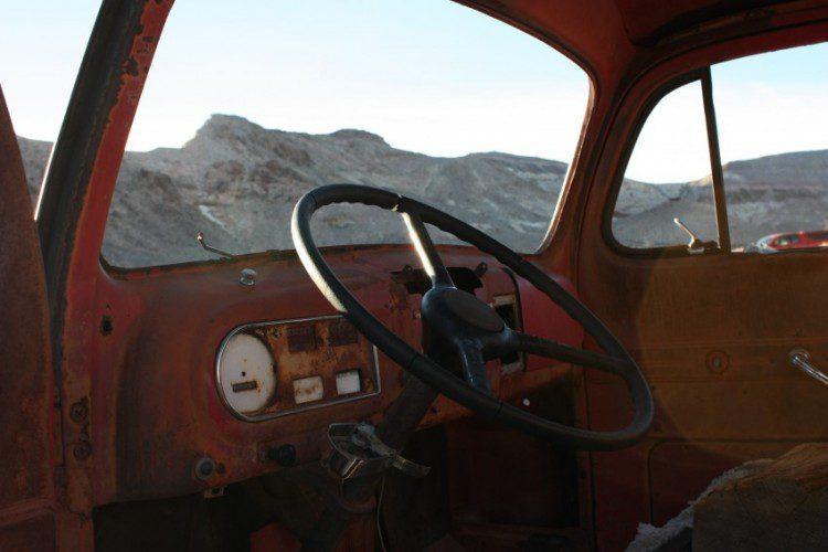 Altes Auto in Rhyolite - Innenansicht