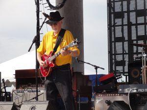 Sonny Burgess live