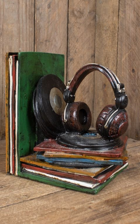 Buchstützen Schallplatten und Plattenspieler