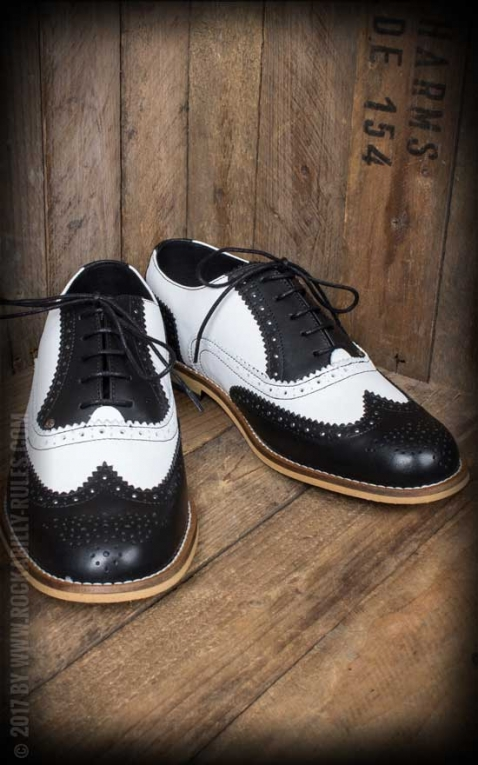 Steelground Wingtip shoes, black and white
