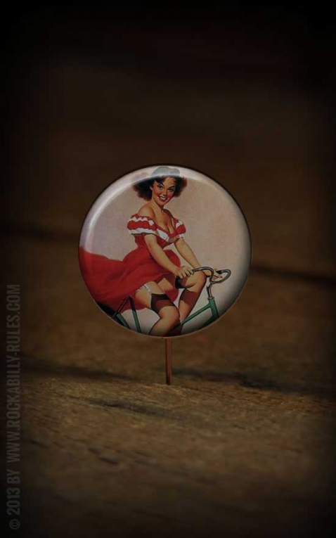 Button PinUp 032