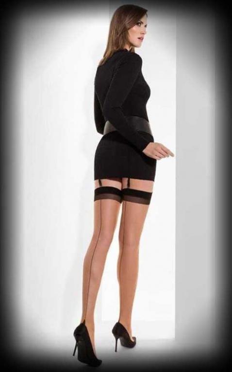 Cette Bas nylon avec couture Berlin, nus