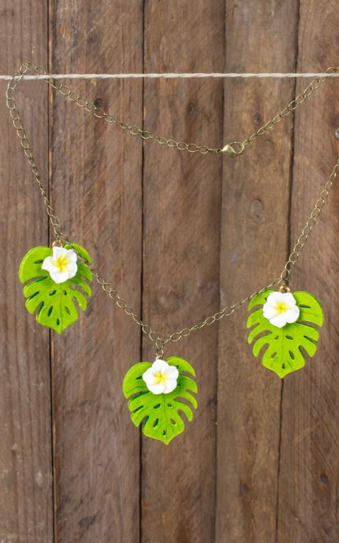 Mirandas Choice necklace Leaf and Plumeria