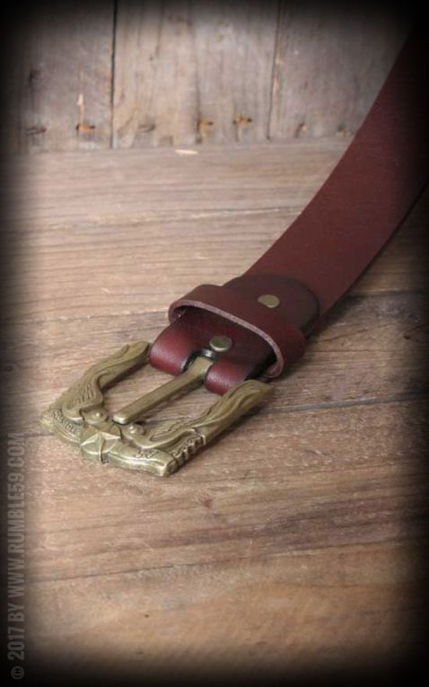 Rumble59 Ledergürtel mit Schwalben-Buckle, rotbraun