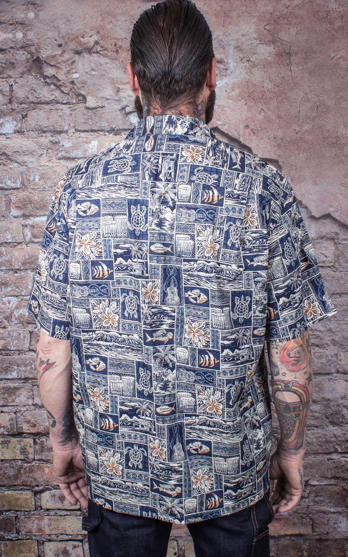 Hawaiian shirt greetings from hawaii navy rockabilly rules hawaii shirt greetings from hawaii navy kristyandbryce Choice Image