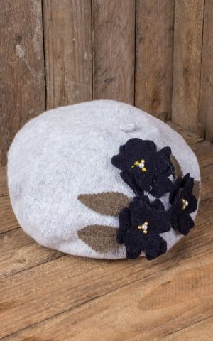 Mirandas Choice Beret grey, flowers blue