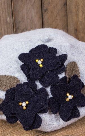 Mirandas Choice Béret fleurs, grises bleu