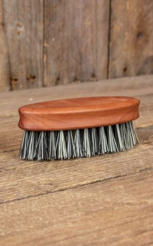 Beard brush elliptical with grey natural fibre