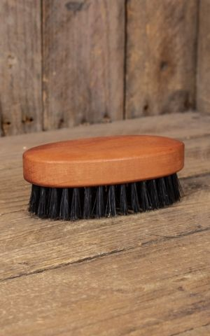 Beard brush oval with pure wild boar bristles