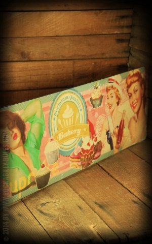 Tin plate sign 15 x 45cm PinUp Bakery