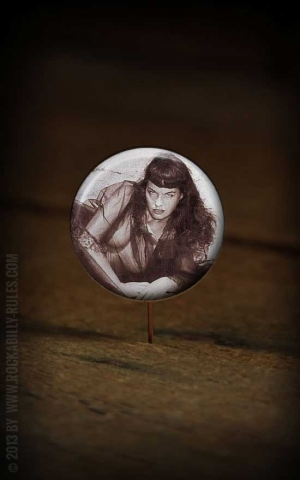 Button Bettie Page 021
