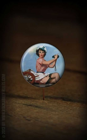 Button PinUp 023