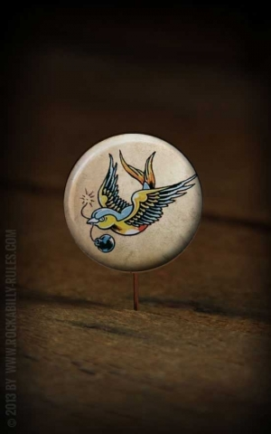 Button Swallow 046