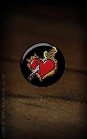 Button Heart 052