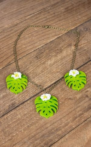Mirandas Choice necklace Leaf and Plumeria