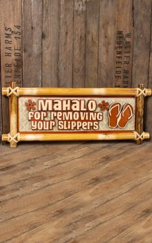 Decorative bamboo sign - Mahalo. For removing your slippers 20 x 49 x 2,5cm