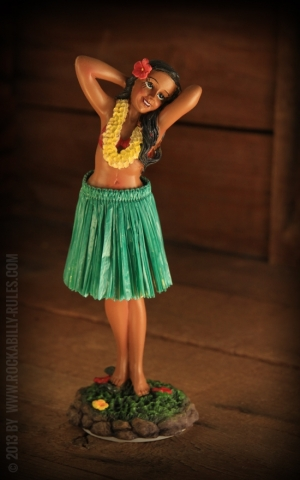 Armaturenbrettfigur | Dashboard Leilani Posing - Green Skirt