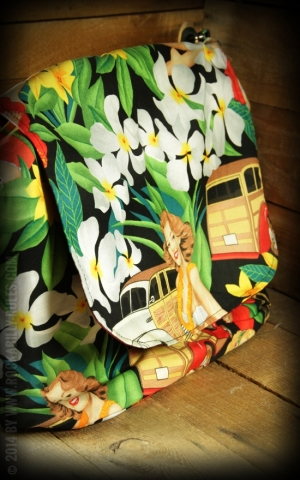 Handtasche Hawaiian Pinup Girls Messenger Bag