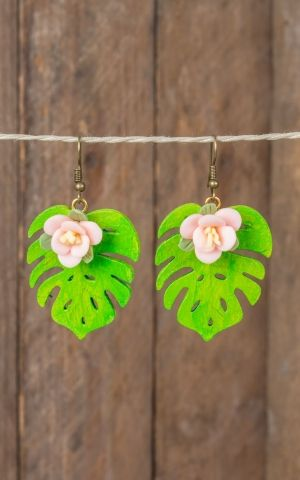 Mirandas Choice Earrings pink flower on leaf