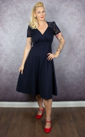 Very Cherry - Hollywood Circle Dress Crievo