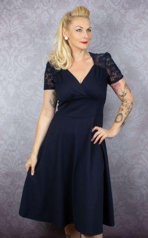 Very Cherry - Hollywood Circle Dress Crievo