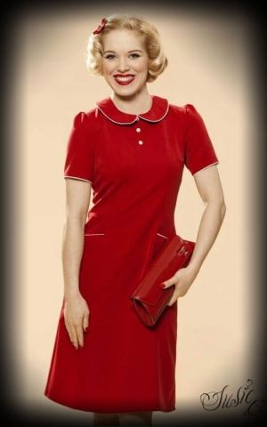 Very Cherry - 50s Kleid mit Bubikragen