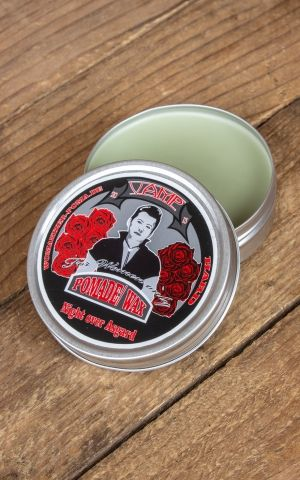 Womanizer | Vamp Pomade Night over Asgard, ferme